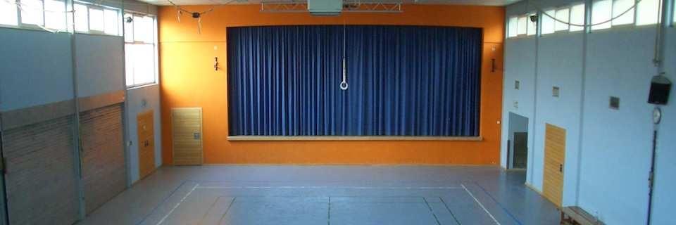 TVO Halle mit Bühne